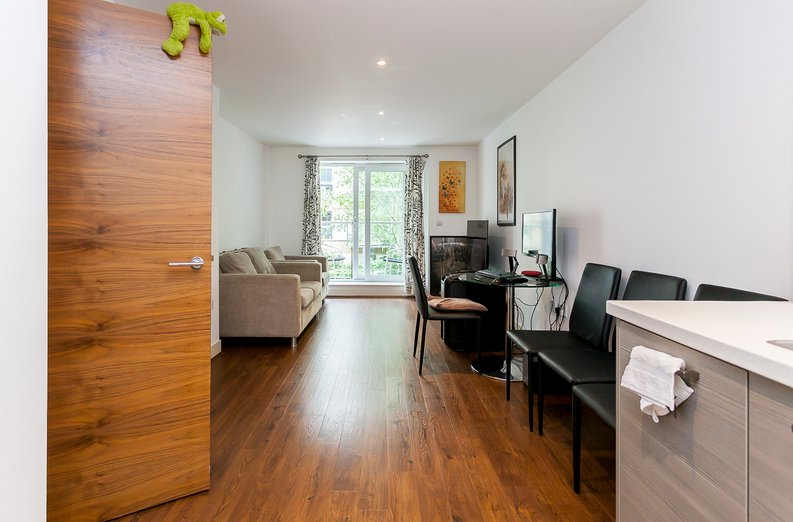 1 bedroom(s) apartment to sale in Napier House, Bromyard Avenue, Acton , London-image 5