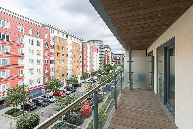 1 bedroom(s) apartment to sale in Cavendish House, Boulevard Drive, Colindale, London-image 5