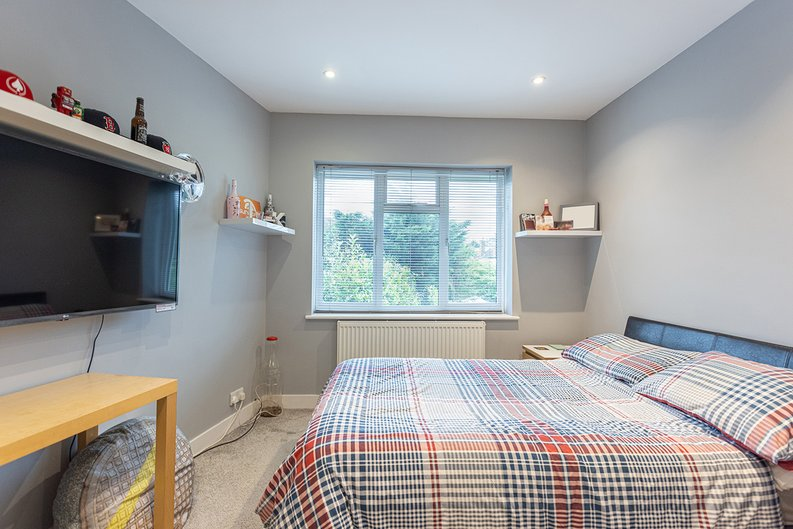 4 bedroom(s) house to sale in Hale Lane, Mill Hill, London-image 14