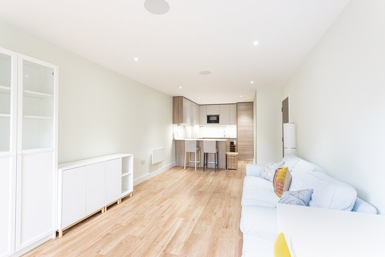 2 bedroom(s) apartment to sale in Aerodrome Road, Colindale, London-image 21