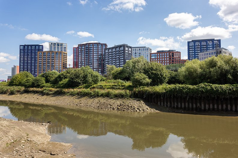 1 bedroom(s) apartment to sale in Silvocea Way, Canning Town, London-image 13