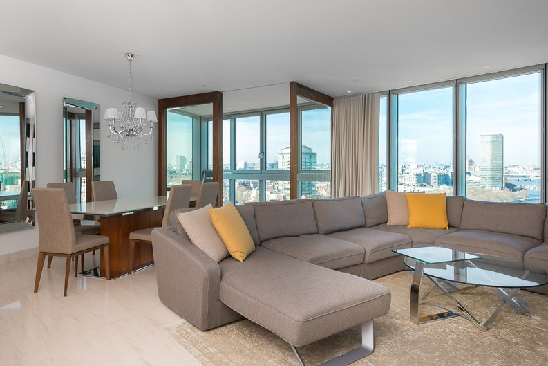 3 bedroom(s) apartment to sale in St George Wharf, Vauxhall, London-image 15