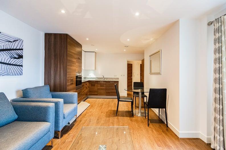 2 bedroom(s) apartment to sale in Napier House, Bromyard Avenue, Napier West, London-image 6