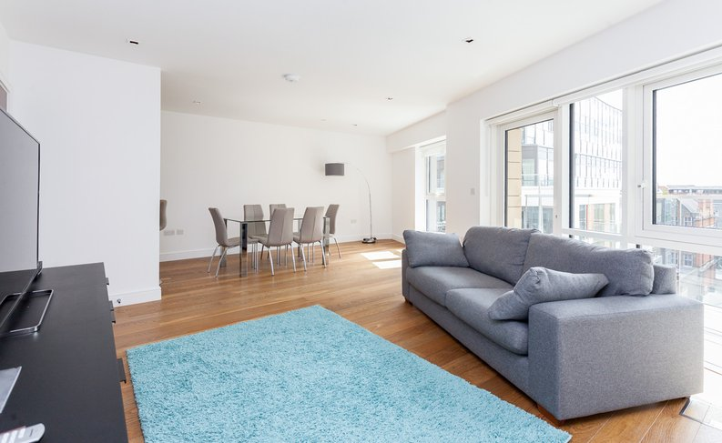 2 bedroom(s) apartment to sale in Skyline House, Dickens Yard, Longfield Avenue , London-image 1