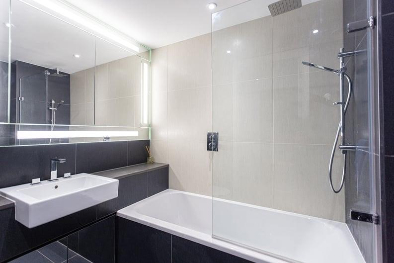 1 bedroom(s) apartment to sale in Alie Street, Whitechapel, London-image 4