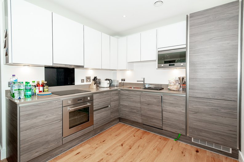 1 bedroom(s) apartment to sale in Aurora Point, 2 Winchester Square , Lewisham-image 3