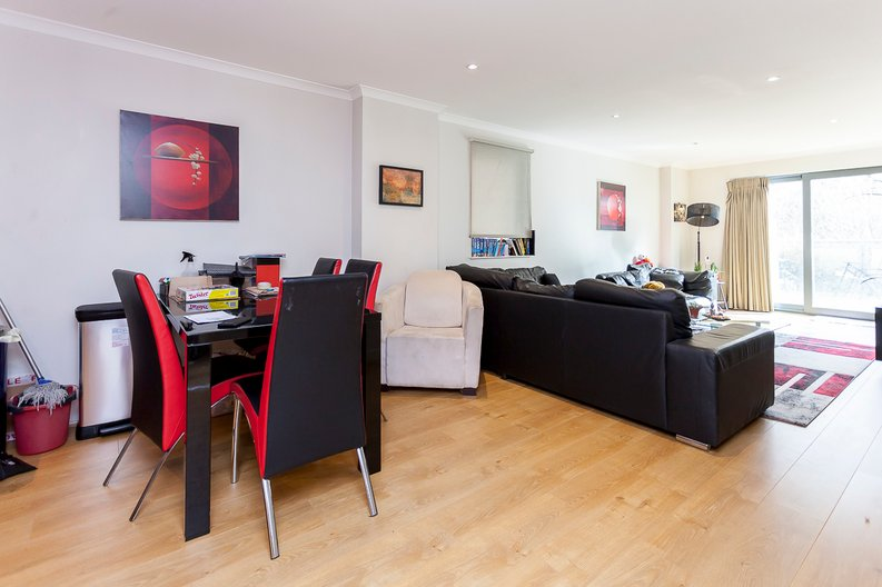 3 bedroom(s) apartment to sale in Edge Apartments, Lett Road, Stratford , London-image 4