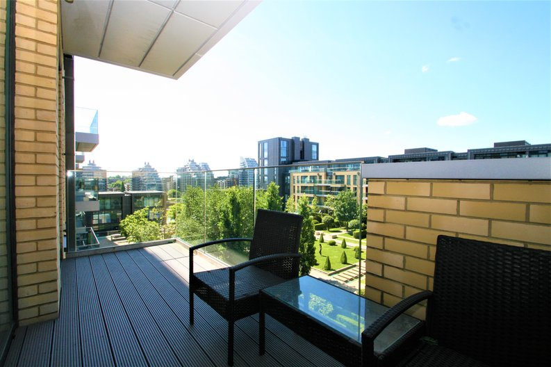 2 bedroom(s) apartment to sale in Westbourne Apartments, 5 Central Avenue, Fulham , London-image 12