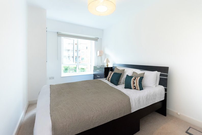 1 bedroom(s) apartment to sale in Eldon House, Beaufort Park, Colindale-image 4