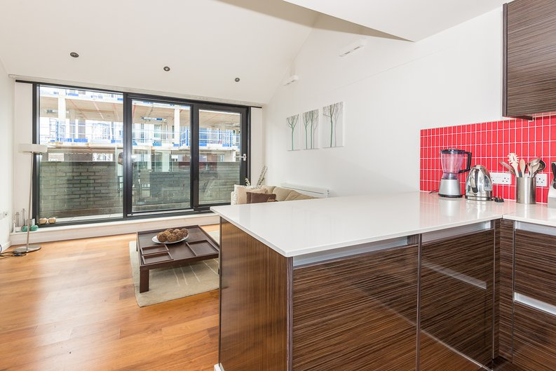 2 bedroom(s) apartment to sale in Westland Place, Hoxton-image 3