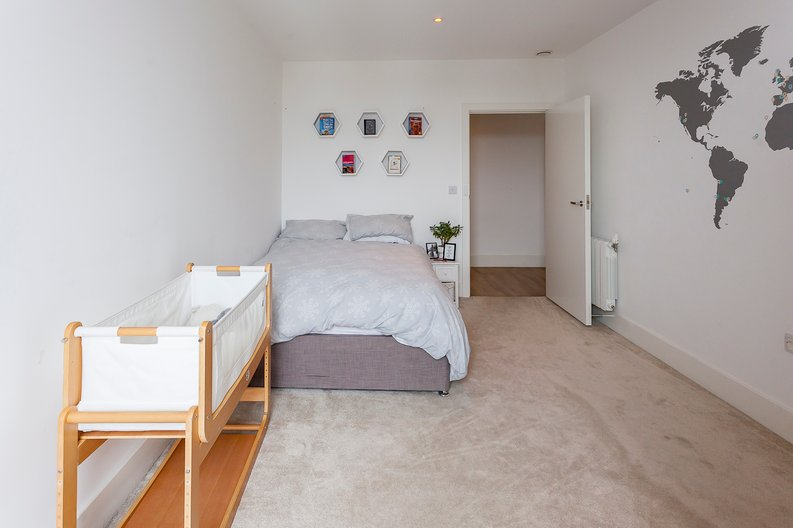 2 bedroom(s) apartment to sale in Cadet House, Victory Parade, Plumstead Road, Woolwich, London-image 15