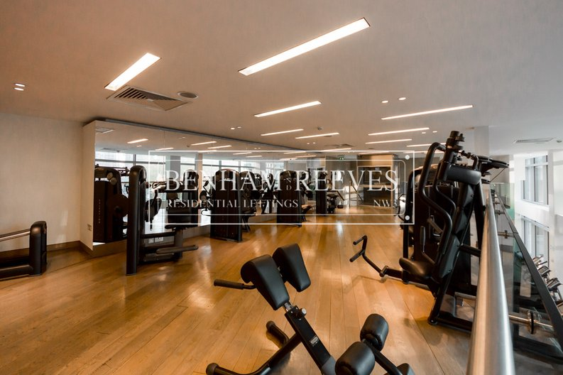 2 bedroom(s) apartment to sale in West Tower, Pan Peninsula Square, Canary Wharf-image 13