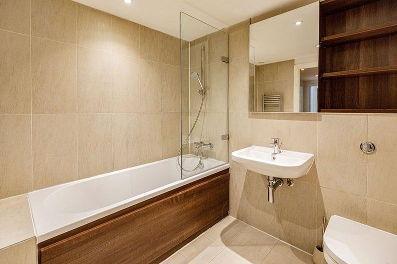 2 bedroom(s) apartment to sale in Napier House, Bromyard Avenue, Napier West, London-image 4
