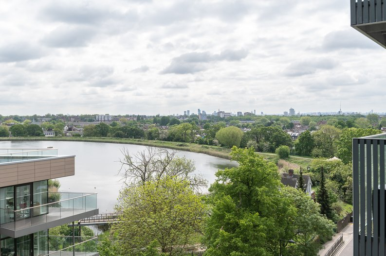 2 bedroom(s) apartment to sale in Goodchild Road, Woodberry Down, London-image 15