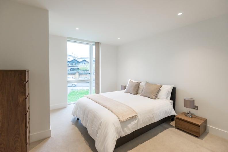 1 bedroom(s) apartment to sale in Nautilus House, West Row, Ladbroke Grove, London-image 4