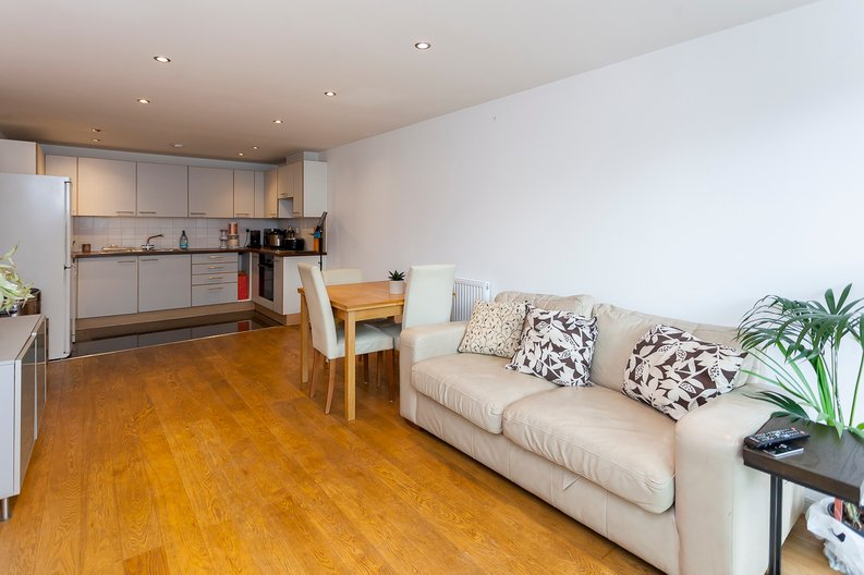 2 bedroom(s) apartment to sale in Building 50, Argyll Road, Royal Arsenal Riverside, London-image 9