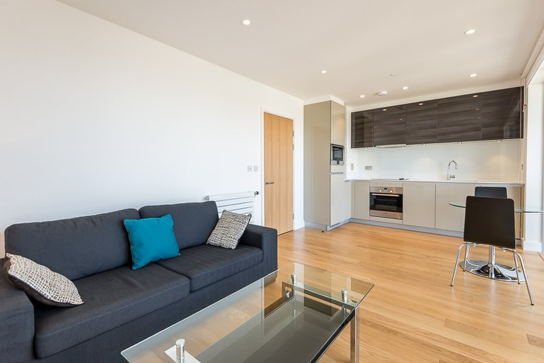 1 bedroom(s) apartment to sale in 30 Barking Road, Canning Town, London-image 6