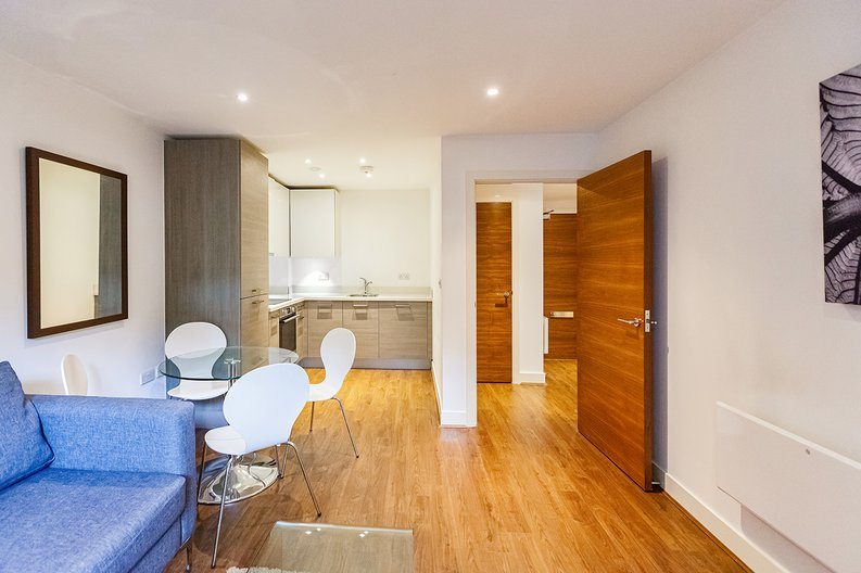 1 bedroom(s) apartment to sale in Bromyard Avenue, Napier West, London-image 12