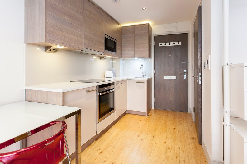 1 bedroom(s) apartment to sale in Counter House, Park Street, Chelsea Creek, London-image 16