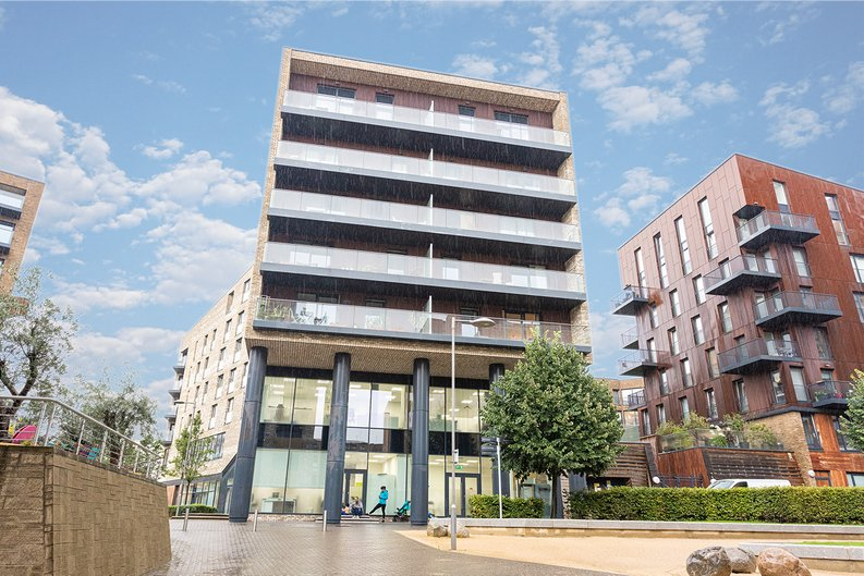 2 bedroom(s) apartment to sale in Cadmus Court, Seafarer Way, Surrey Quays, London-image 1