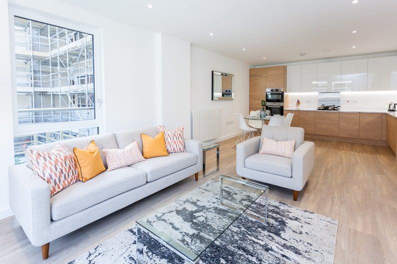3 bedroom(s) apartment to sale in Endeavour House, Ashton Reach, Surrey Quay, London-image 4