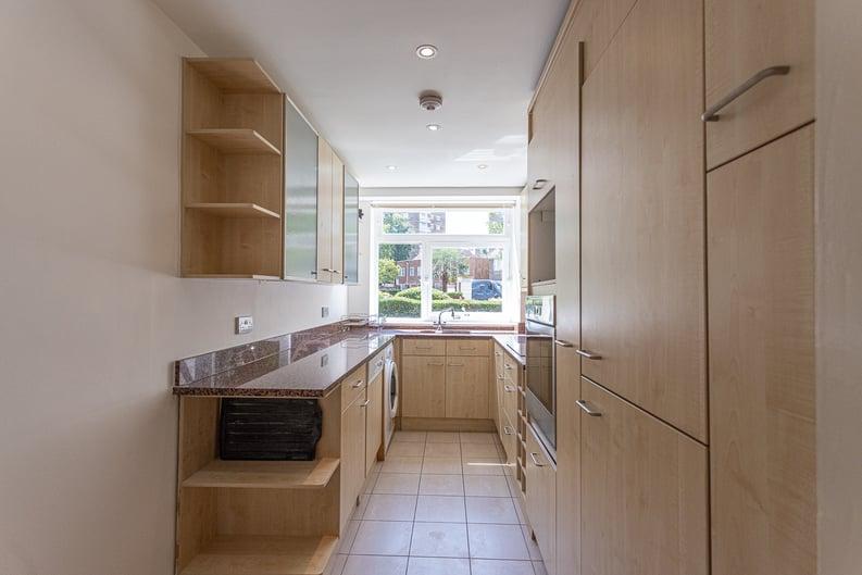3 bedroom(s) apartment to sale in Sheringham, St. John's Wood Park, St. John's Wood , London-image 17