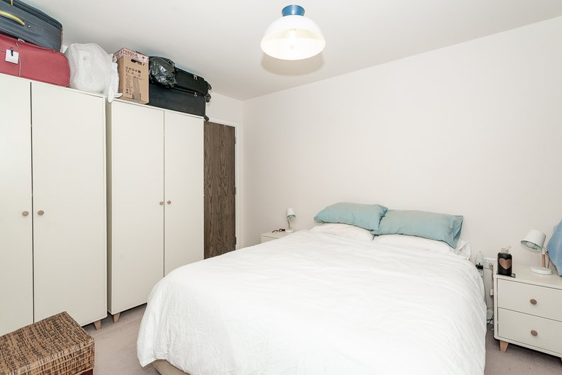 1 bedroom(s) apartment to sale in Goldhawk House, 10 Beaufort Square, London-image 11