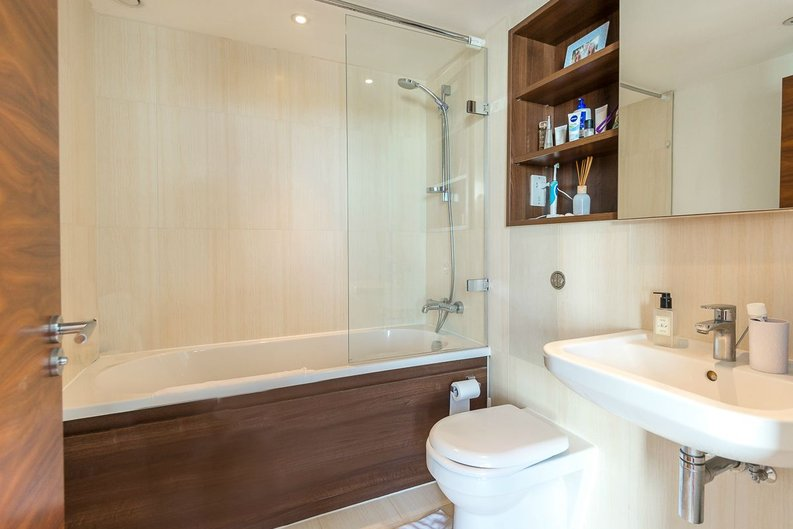 1 bedroom(s) apartment to sale in Napier House, Bromyard Avenue, Acton-image 5