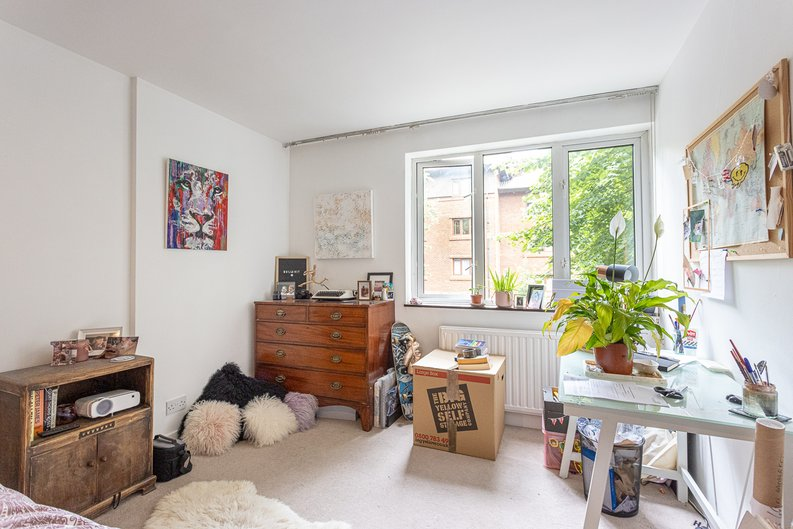 2 bedroom(s) apartment to sale in Imperial Court, Shepherds Hill, Highgate, London-image 17