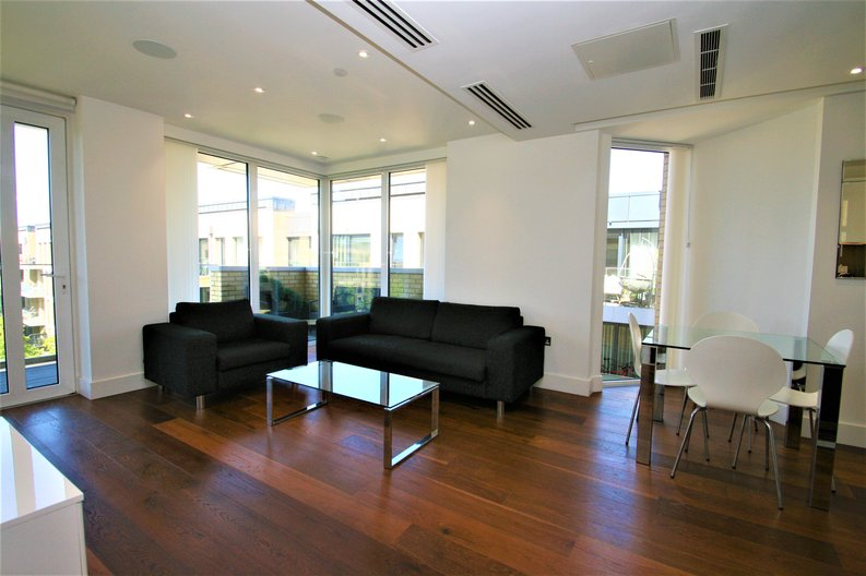 2 bedroom(s) apartment to sale in Westbourne Apartments, 5 Central Avenue, Fulham , London-image 2