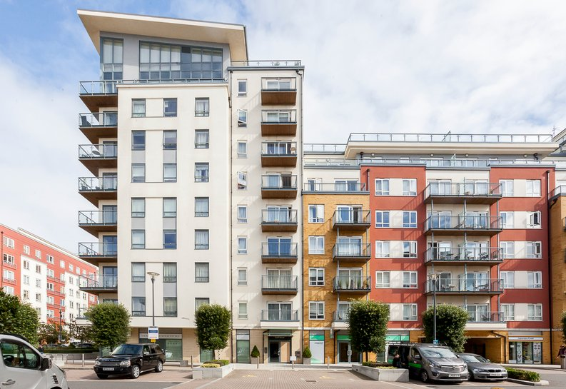 1 bedroom(s) apartment to sale in Croft House, 21 Heritage Avenue, Beaufort Park, Colindale-image 1