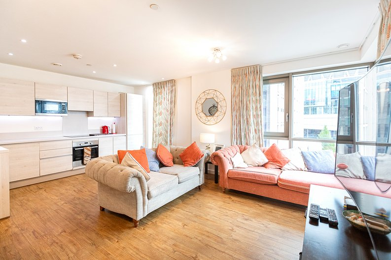 3 bedroom(s) apartment to sale in Olympic Way, Wembley, Greater London, London-image 1
