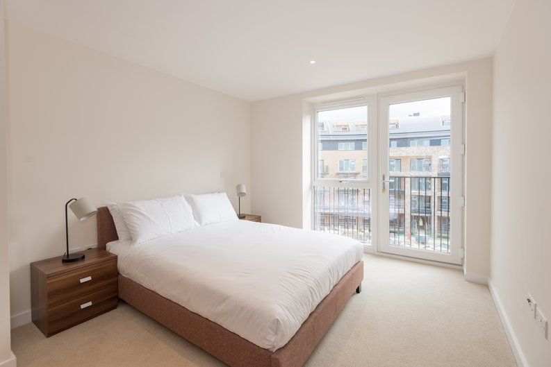 1 bedroom(s) apartment to sale in Carnarvon Court, Howard Road, Stanmore-image 5