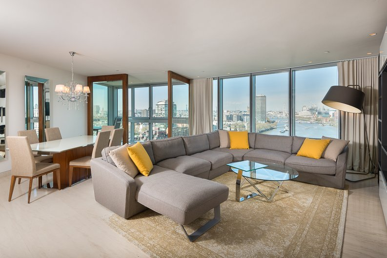 3 bedroom(s) apartment to sale in St George Wharf, Vauxhall, London-image 1