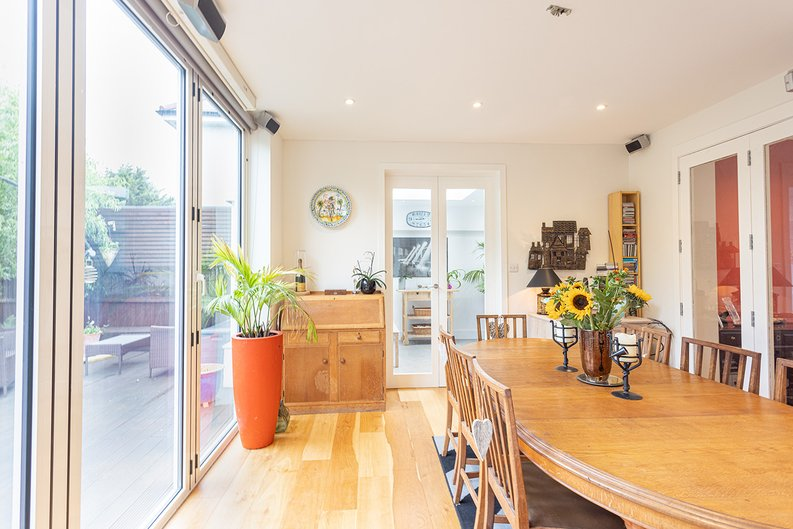 4 bedroom(s) house to sale in Hale Lane, Mill Hill, London-image 28