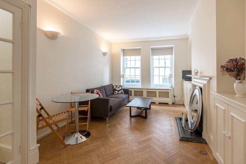 1 bedroom(s) apartment to sale in Garrick House, Carrington Street, Mayfair-image 6