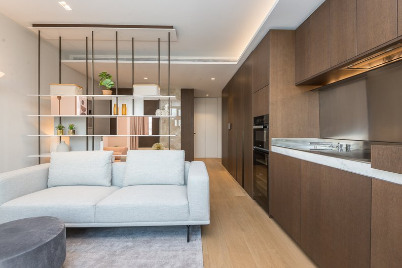 1 bedroom(s) apartment to sale in Casson Square, Southbank Place, Waterloo, London-image 13