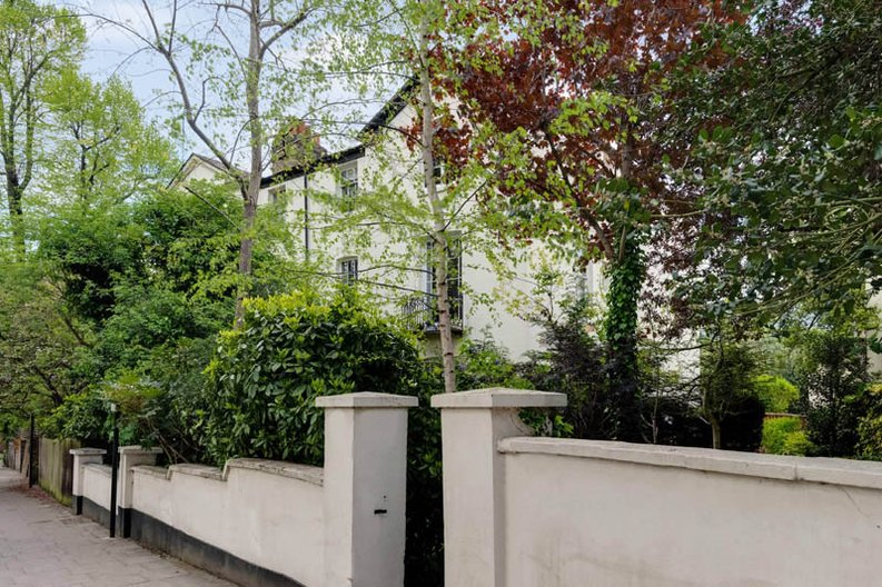 1 bedroom(s) apartment to sale in South End Road, Hampstead, London-image 4