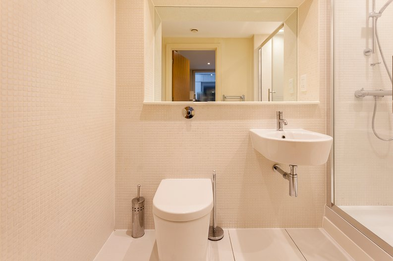 1 bedroom(s) apartment to sale in Cobalt Point, Lanterns Court, Millharbour, Canary Wharf-image 4