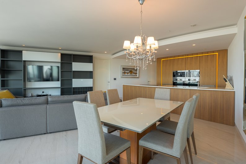 3 bedroom(s) apartment to sale in St George Wharf, Vauxhall, London-image 7