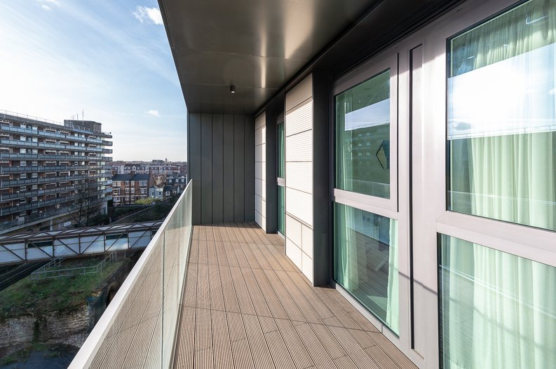 2 bedroom(s) apartment to sale in Glenthorne Road, Hammersmith, London-image 5