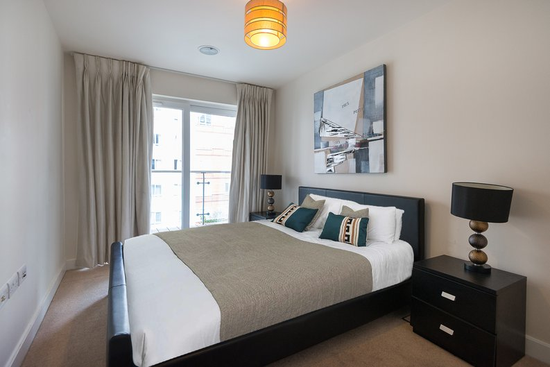 1 bedroom(s) apartment to sale in Cavendish House, Boulevard Drive, Colindale, London-image 3
