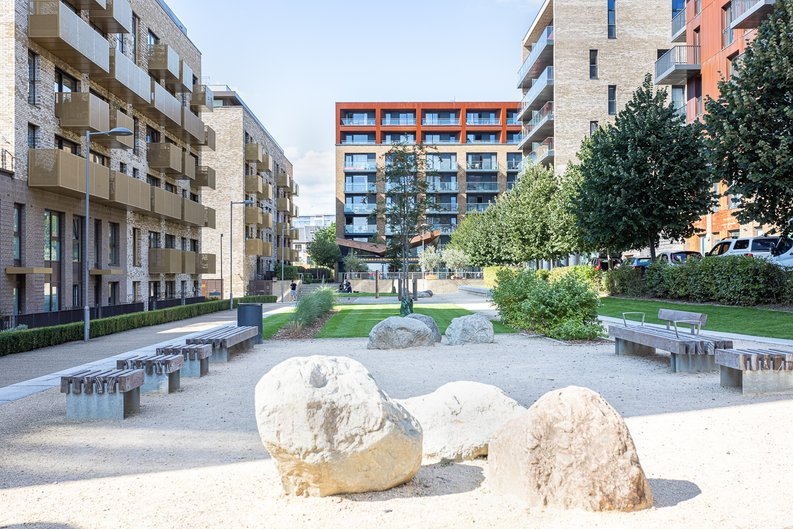 1 bedroom(s) apartment to sale in Ashton Reach, Surrey Quays, London-image 15