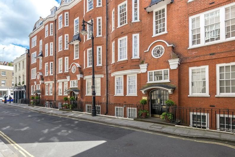 1 bedroom(s) apartment to sale in Garrick House, Carrington Street, Mayfair-image 4