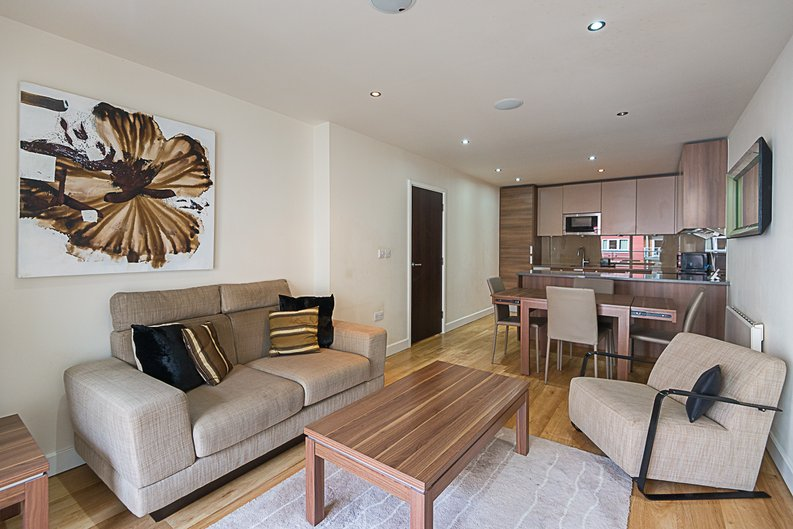 1 bedroom(s) apartment to sale in Cavendish House, Boulevard Drive, Colindale, London-image 1
