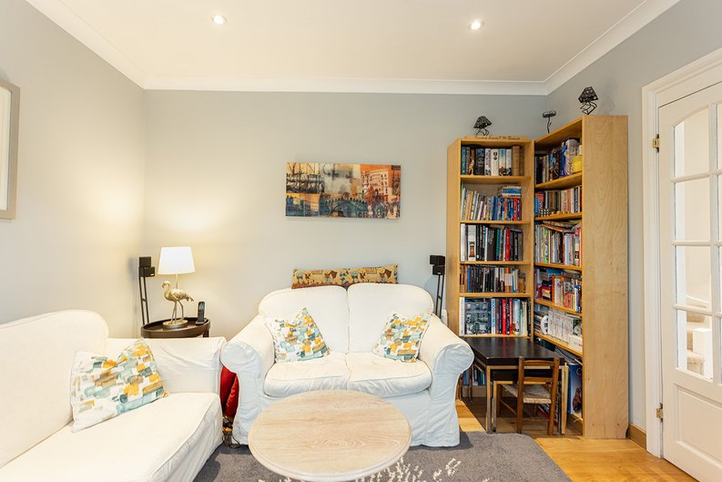 4 bedroom(s) house to sale in Hale Lane, Mill Hill, London-image 27