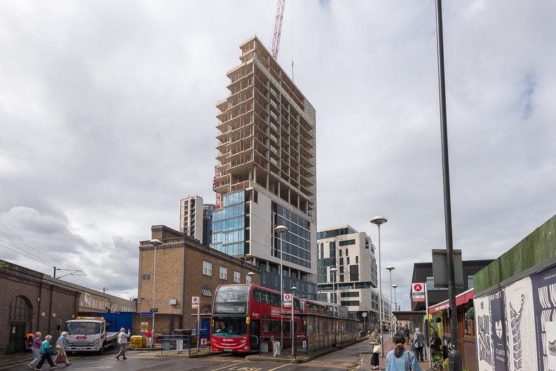 2 bedroom(s) to sale in City North, Finsbury Park, London-image 5