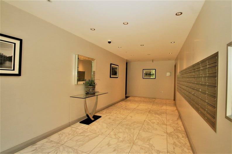2 bedroom(s) apartment to sale in Westbourne Apartments, 5 Central Avenue, Fulham , London-image 13