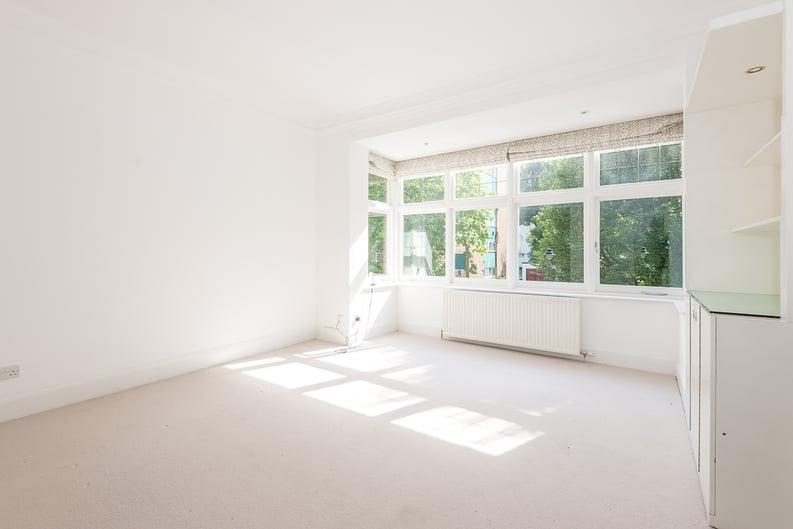 2 bedroom(s) apartment to sale in Eldon Grove, Hampstead, London-image 4