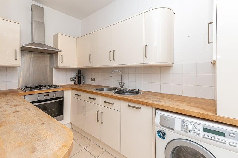 2 bedroom(s) apartment to sale in Elsham Road, West Kensington-image 10